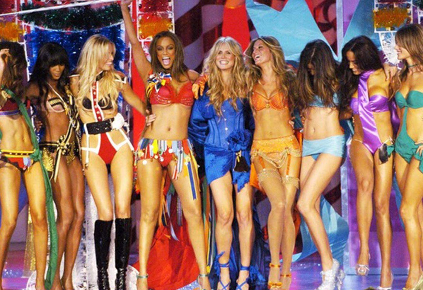 Einst und jetzt. Victoria's Secret Fashion Show Finale 2005