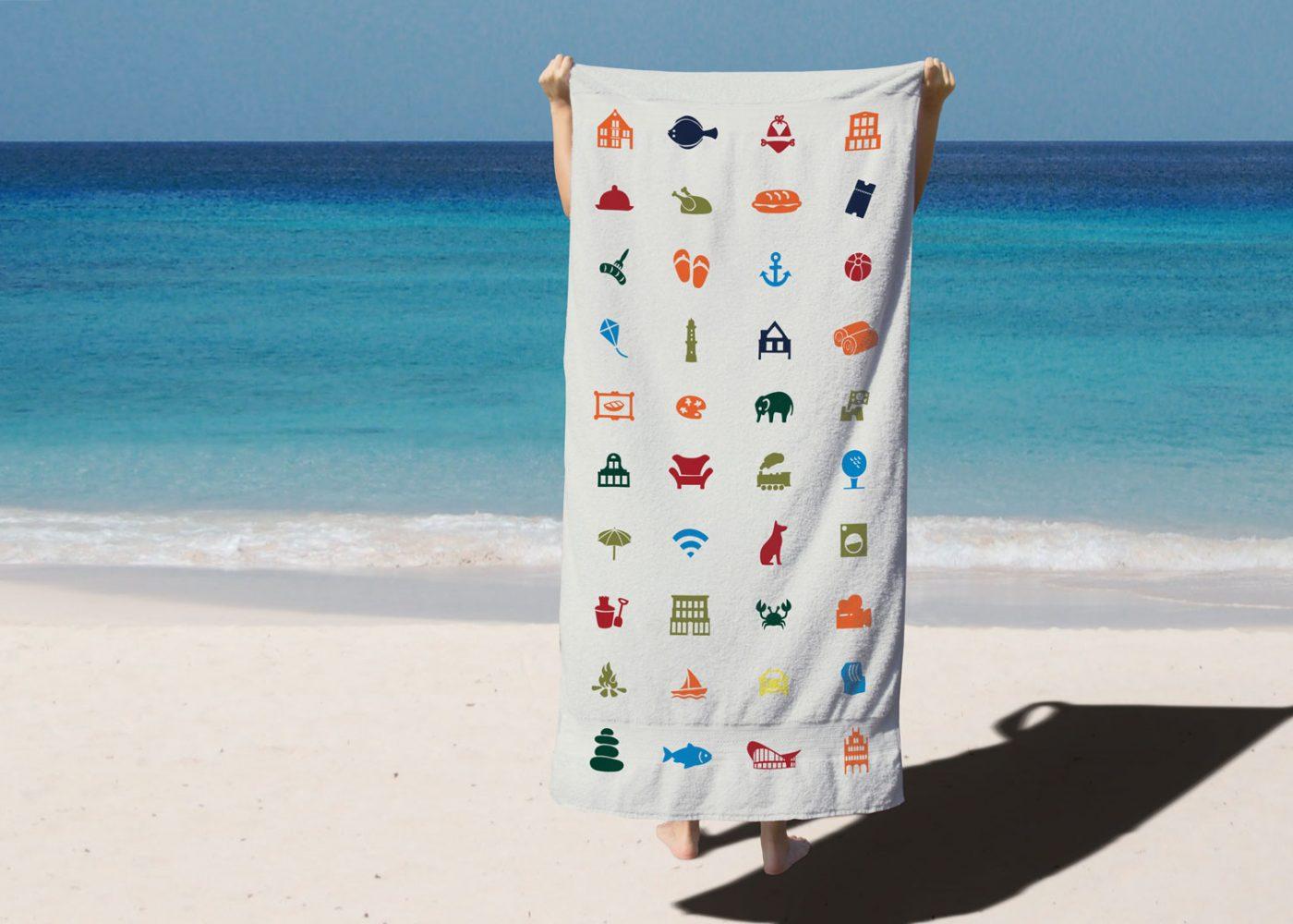 Zuhause am Meer Handtuch mit Icons